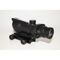 Acog 4x32 con Fibra Óptica Mad Tac Optics