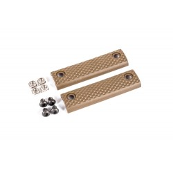 Dytac UXR 3 & 3.1 Standard Two-Hole Panel Dark Earth (Pack of 2)
